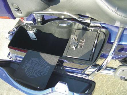 How To Program Nissan Key >> Harley Davidson Bagger Vault   Console Vault